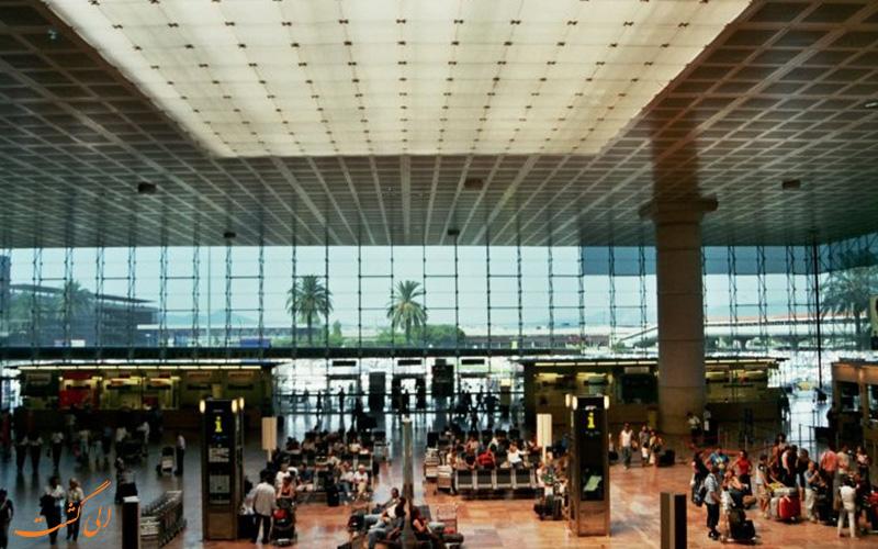 ورودی فرودگاه
