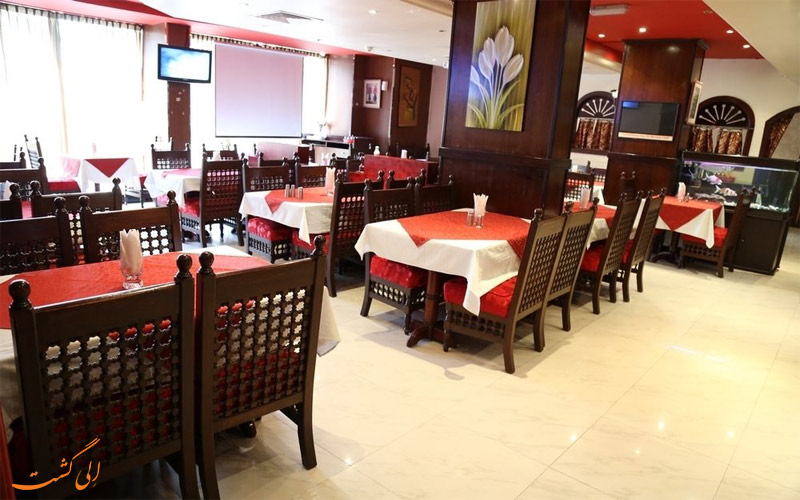 Dubai-Palm-Hotel--e;igasht-رستوران