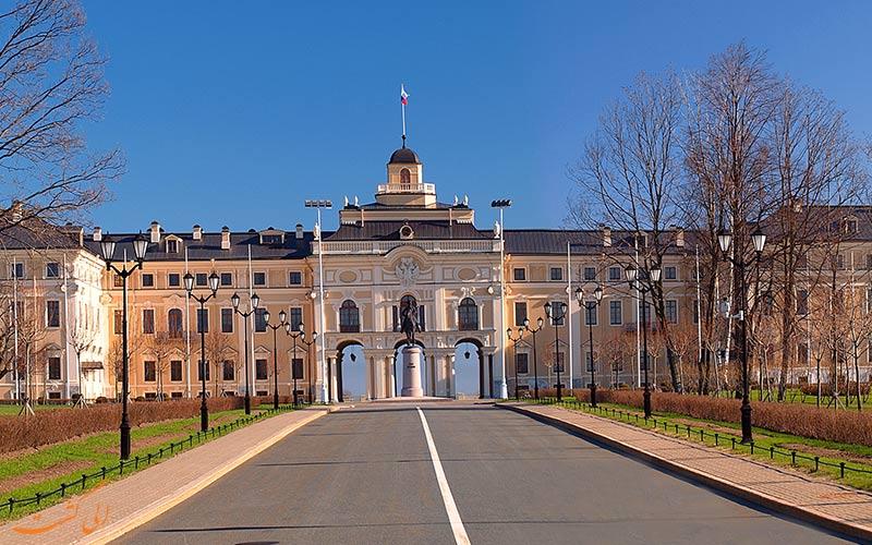 کاخ کنستانتینوفکسی در استرلنا
