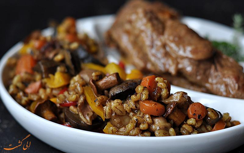 خوراک گوشت و قارچ