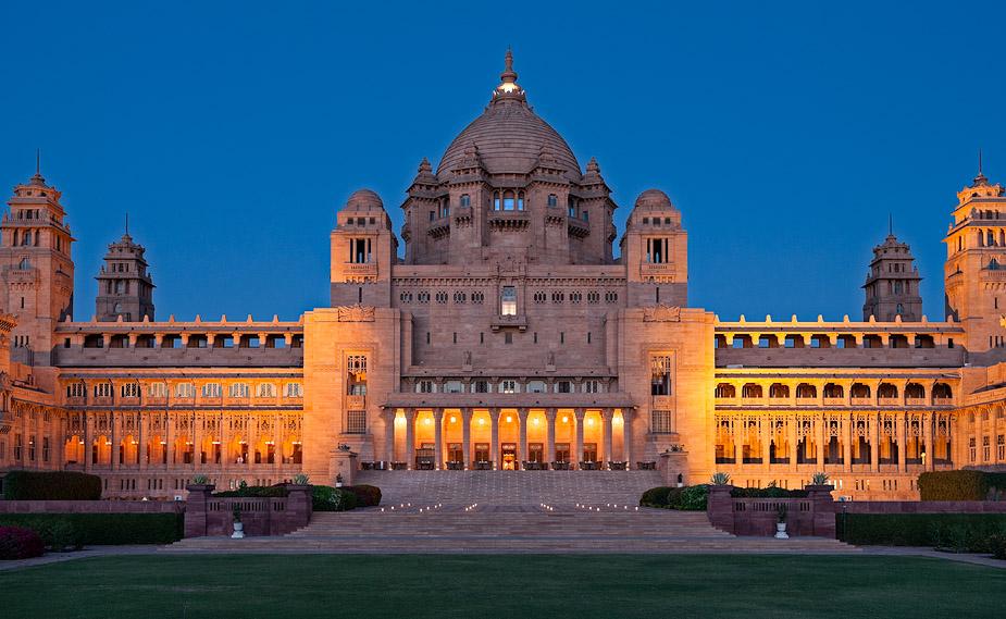 هتلی در هند