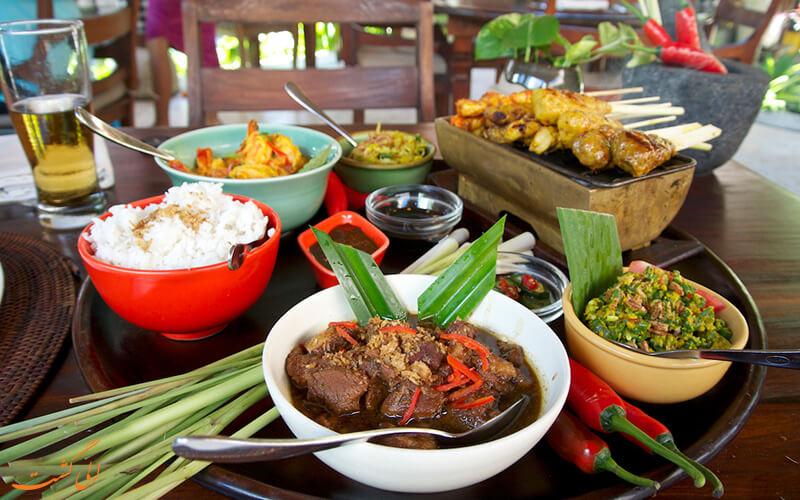 غذا در شهر بالی