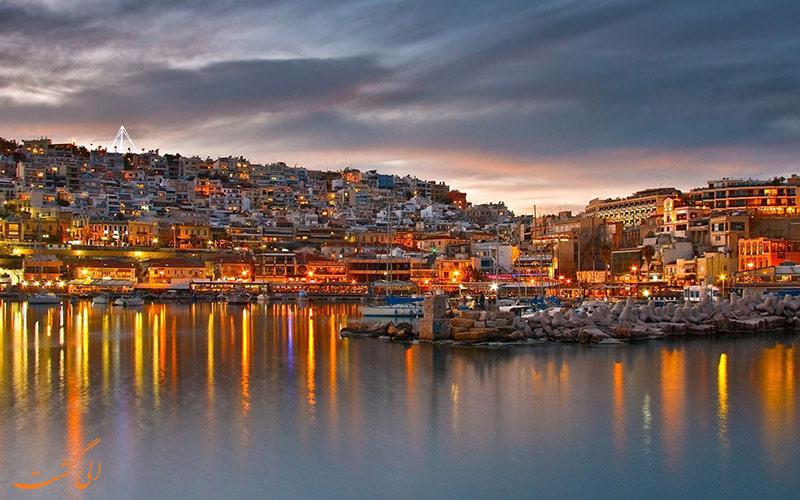 جاذبه ی جزایر یونان در شب
