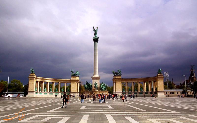 میدان قهرمانان در بوداپست