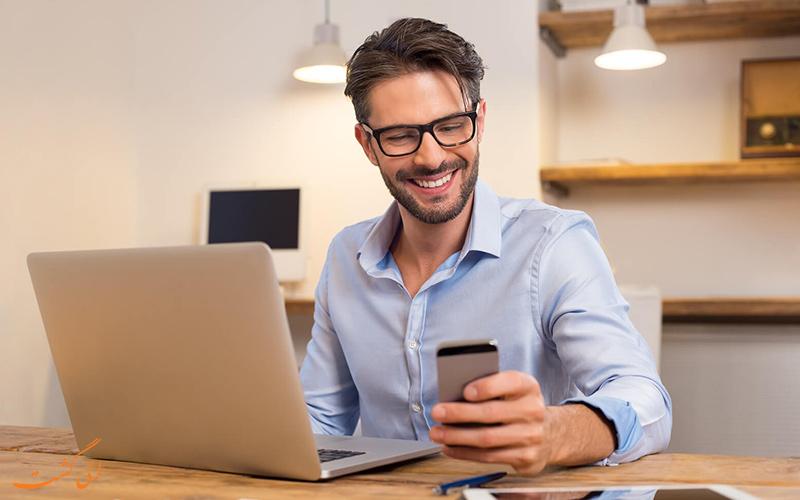 ارتباط مدیر با کارمندان از طریق تکنولوژی