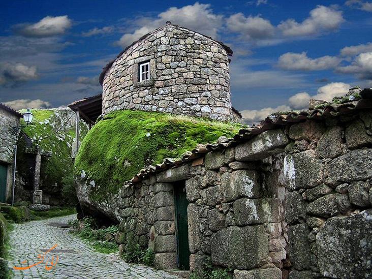 روستای مونسانتو در پرتغال