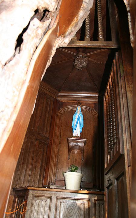 نمایی از داخل کلیسای شن پال