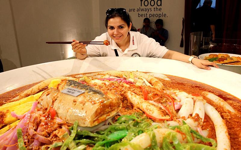بخش غذاهای بزرگ تر از سایز واقعی در موزه