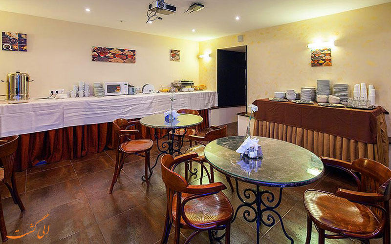 هتل نوسکی استر سنت پترزبورگ | رستوران