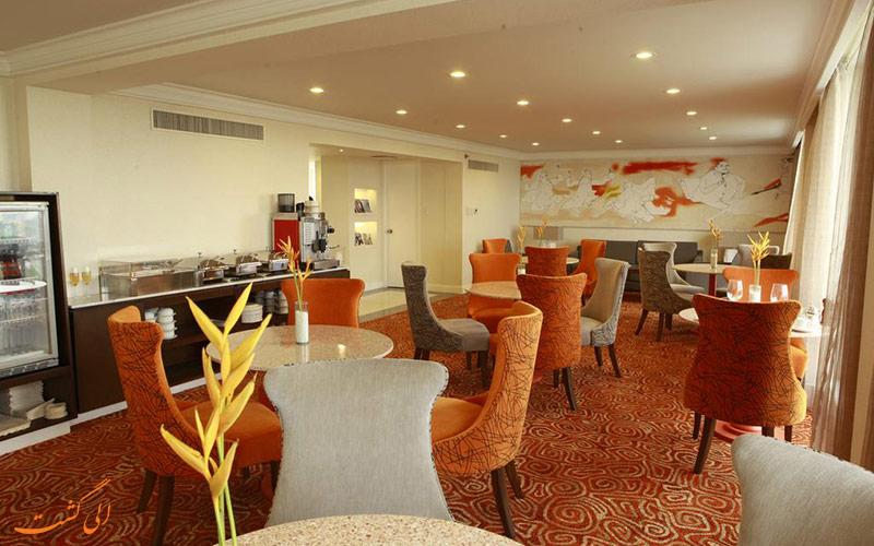 هتل واترفرانت پاویلیون مانیل   رستوران