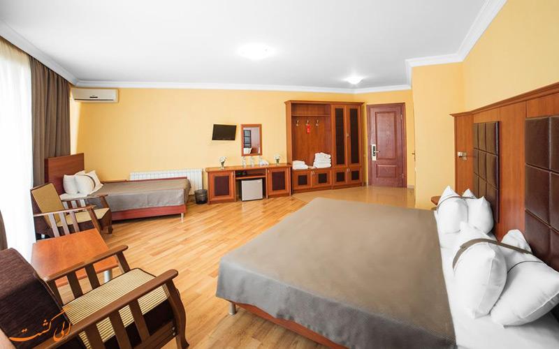 نمونه اتاق هتل گلدن پالاس تفلیس