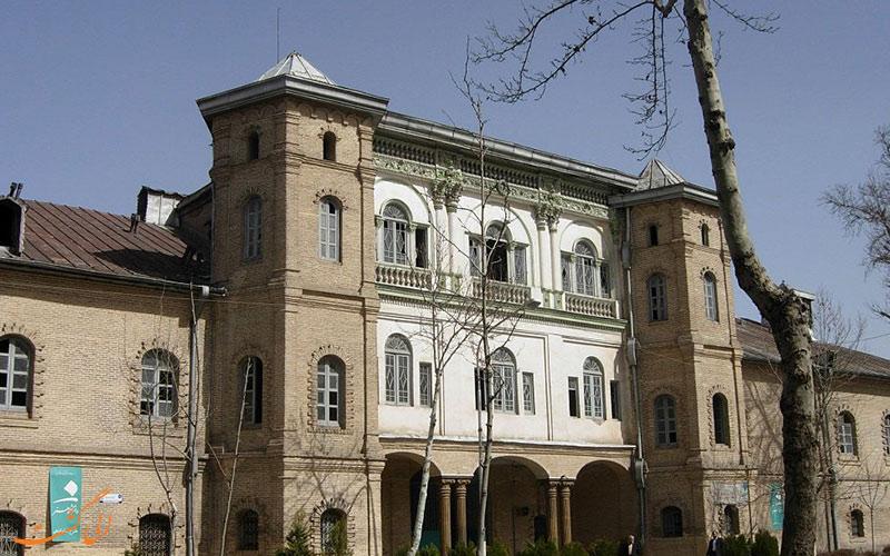 بناهای میدان مشق تهران
