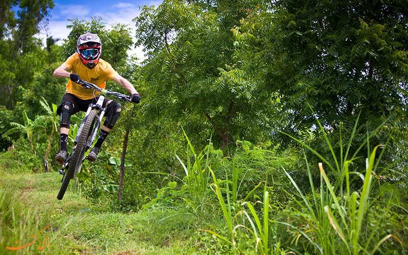 دوچرخه سواری هیجان انگیز
