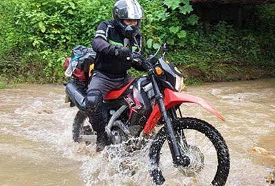 موتور سواری در مائو هنگ سون Mae Hong Son
