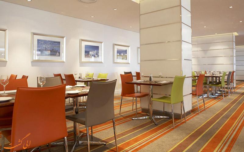 هتل گاردن کورت کیپ تاون- رستوران هتل