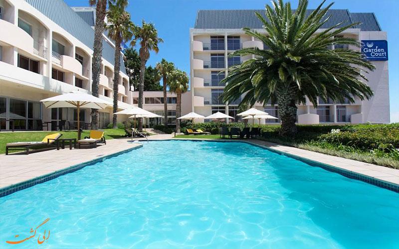 هتل گاردن کورت کیپ تاون- استخر روباز