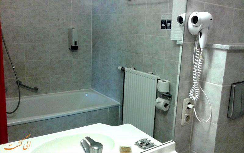 هتل نیو پرینس لیژ بروکسل - حمام اتاق ها