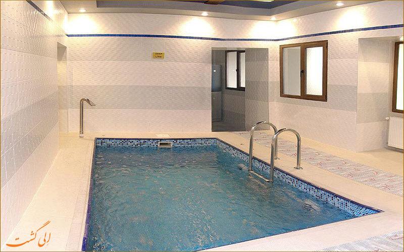 استخر هتل آستین باکو