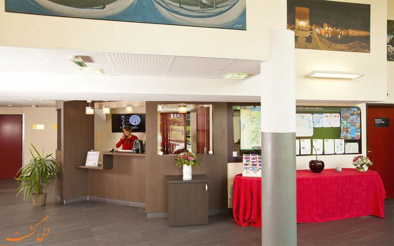خدمات رفاهی هتل سریس استراسبورگ - پذیرش