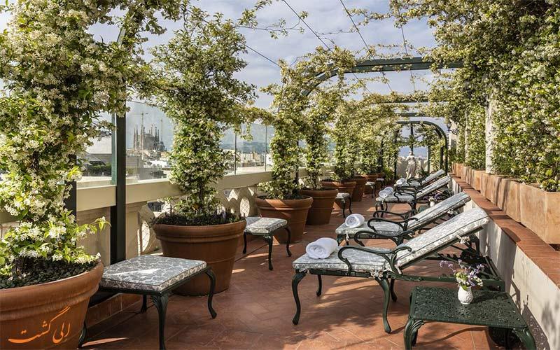 هتل ای ال پالاس بارسلونا- باغ
