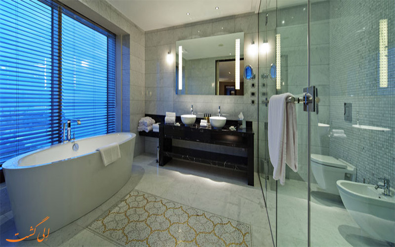 اتاق های هتل هیلتون باکو- سرویس و حمام