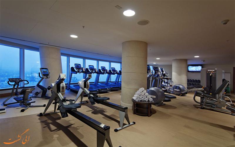 Hilton Baku- eligasht.com باشگاه تناسب اندام هتل
