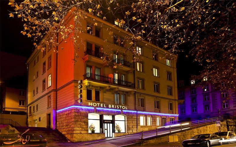 Hotel Bristol- eligasht.com نمای شب هتل