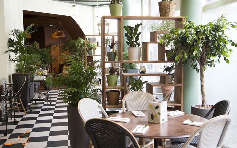 هتل آیبیس تور ایفل پاریس فضای لابی هتل