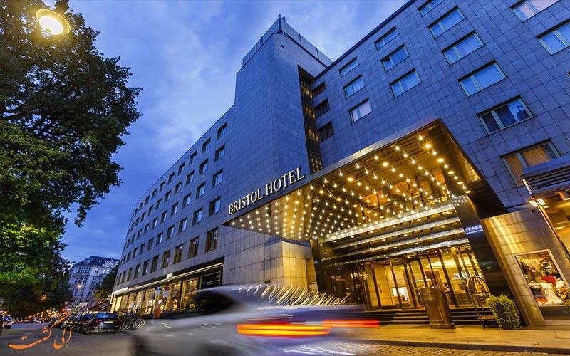 Kempinski Bristol- eligasht.com نمای شب هتل