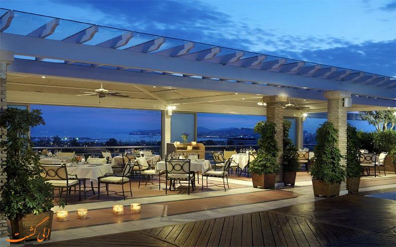 Metropolitan- eligasht.com تراس هتل
