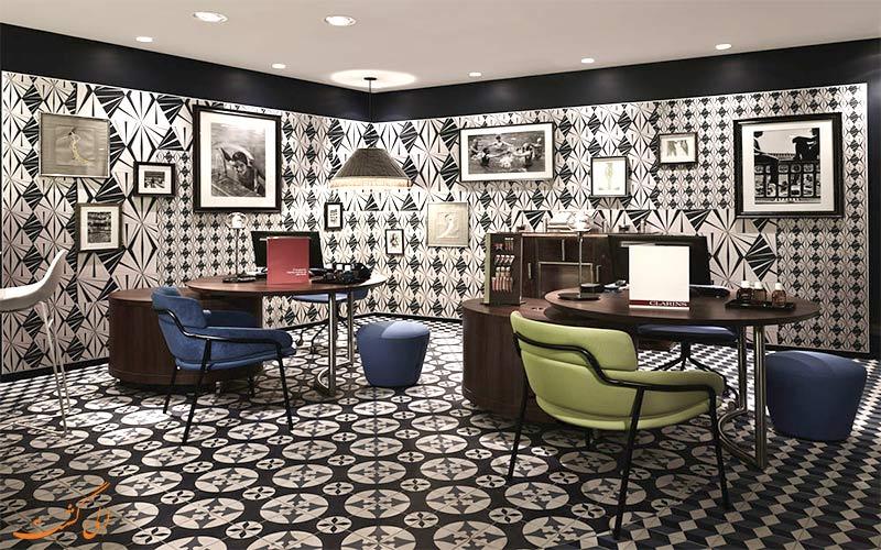 امکانات تفریحی هتل مولیتور پاریس- کافی نت