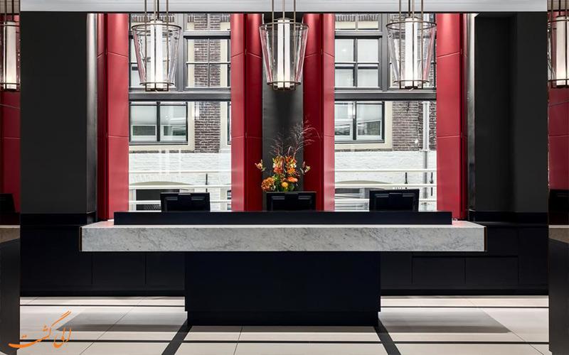 هتل ان اچ کالکشن گرند آمستردام- میز پذیرش