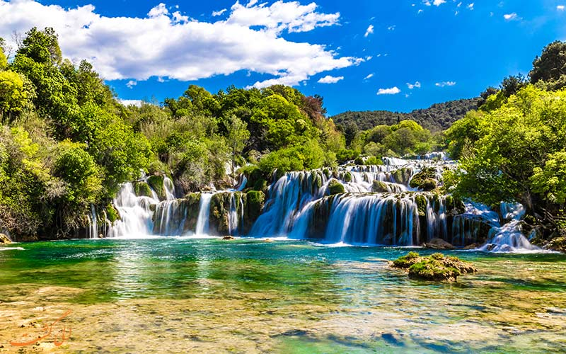 آبشارهای اسکارادینسکی بوک