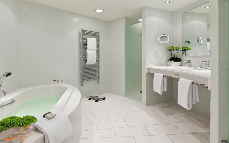 حمام هتل سوفیتل برلین