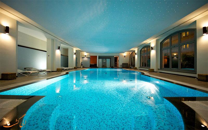 هتل گرند ویسکونتی پالاس میلان- استخر سرپوشیده
