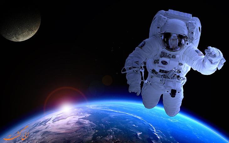 سفر تفریحی به فضا