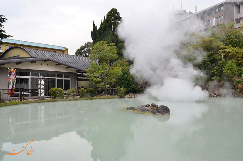 تالاب سفید جهنمی ژاپن
