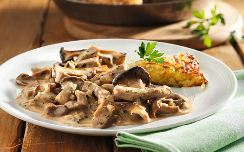 گوشت و قارچ