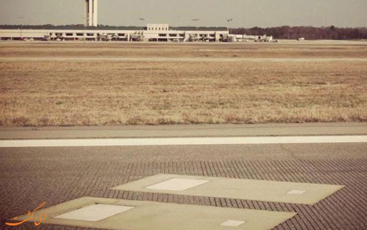 قبر در باند فرودگاه ساوانا