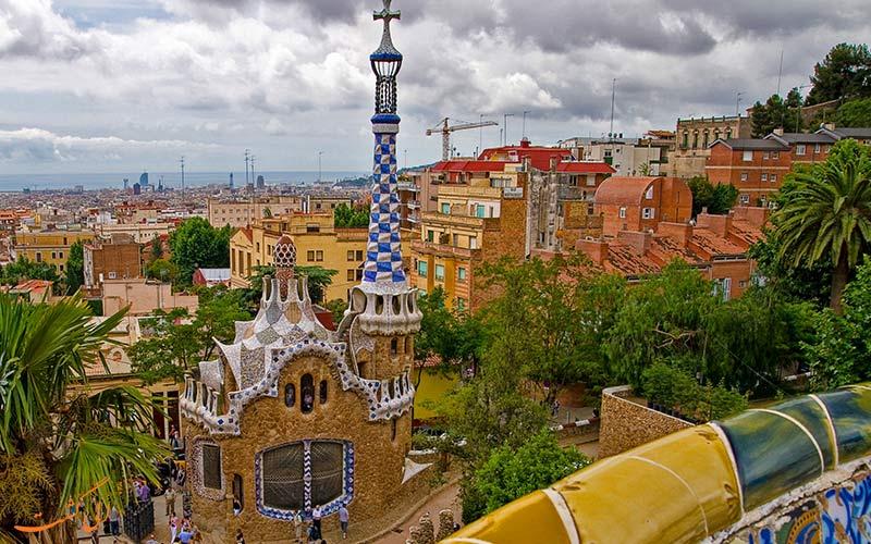 پارک گوئل در بارسلونا
