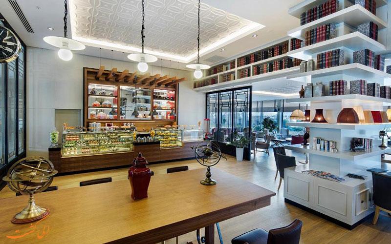 هتل تایتانیک بیچ لارا آنتالیا | رستوران