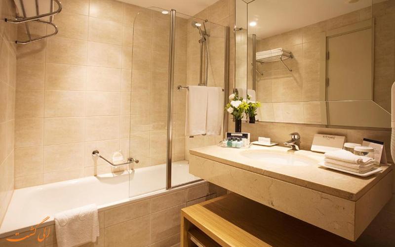 هتل تایتانیک بیچ لارا آنتالیا | حمام