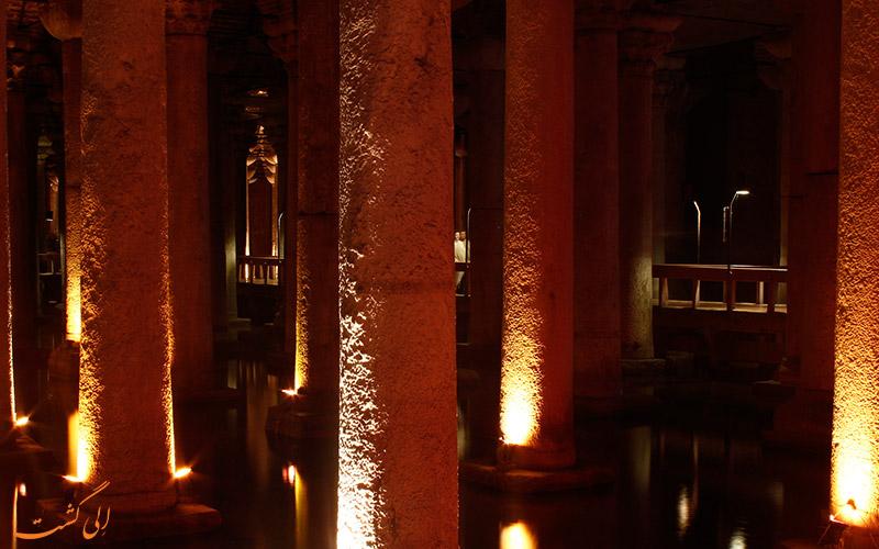 آب انبار باسیلیکا و مجسمه هایش