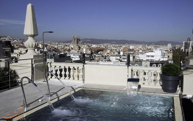 هتل ال آونیدا پالاس بارسلونا- تراس آفتابگیر هتل
