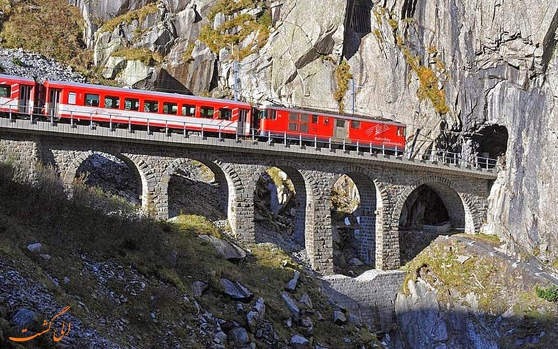 پلی عجیب در کشور سوئیس