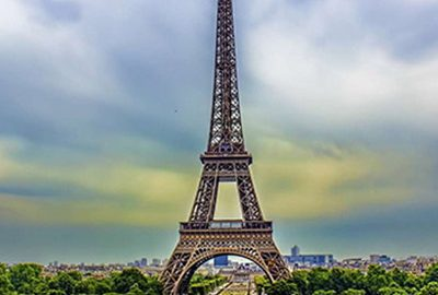 برج ایفل رنگ می شود