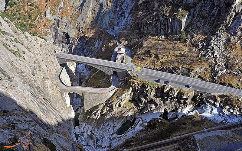 پلی خاص و منحصربفرد