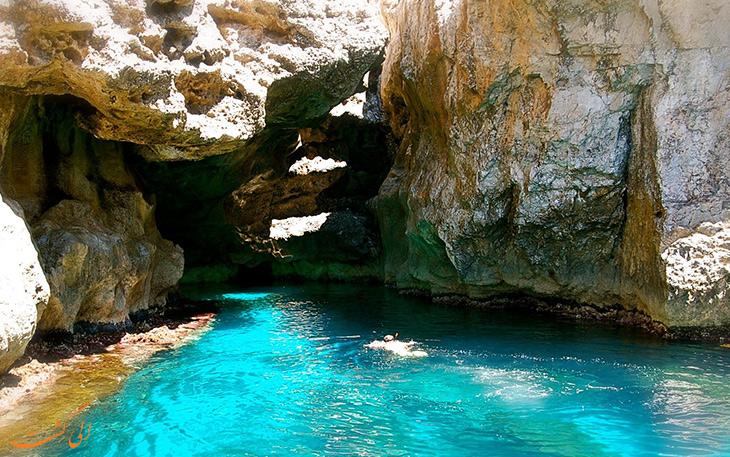 غارهای دریایی جزیره مارتیمو