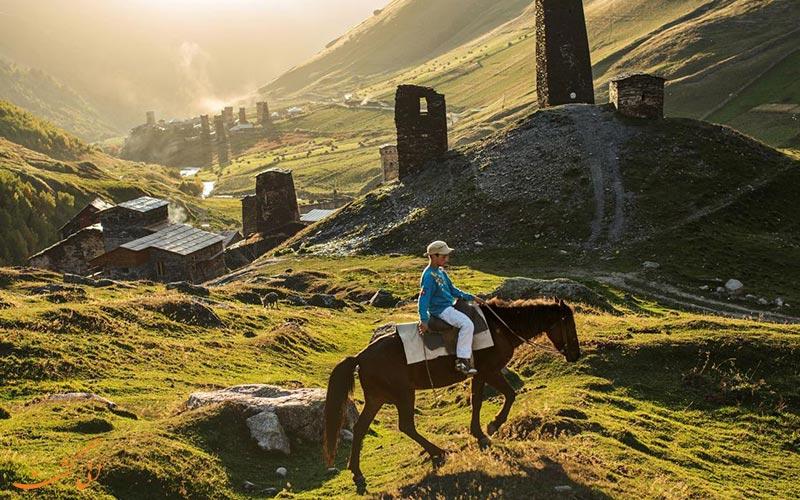 اسب سواران اوشگولی