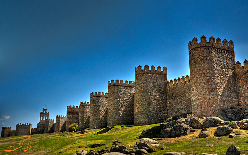 دیوارهای شهر آویلا